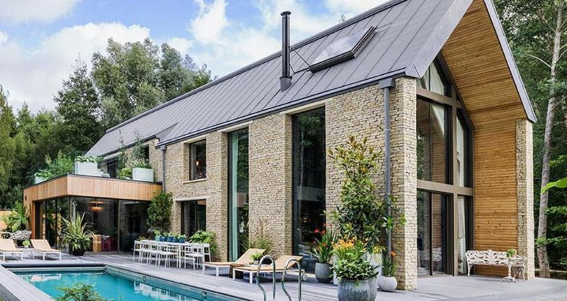 Kate Moss Designs The Interior Of A $3.8 Million Barn' In The English Countryside.